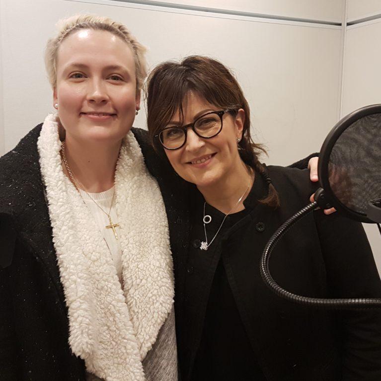 """KUUNTELE – Laulaja Nina Åström: """"Nöyryys on sitä, että näkee itsensä totuudellisesti"""""""