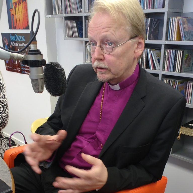 Arkkipiispa: Uskonnonopetuksessa tulisi huomioida uskonnon luonne