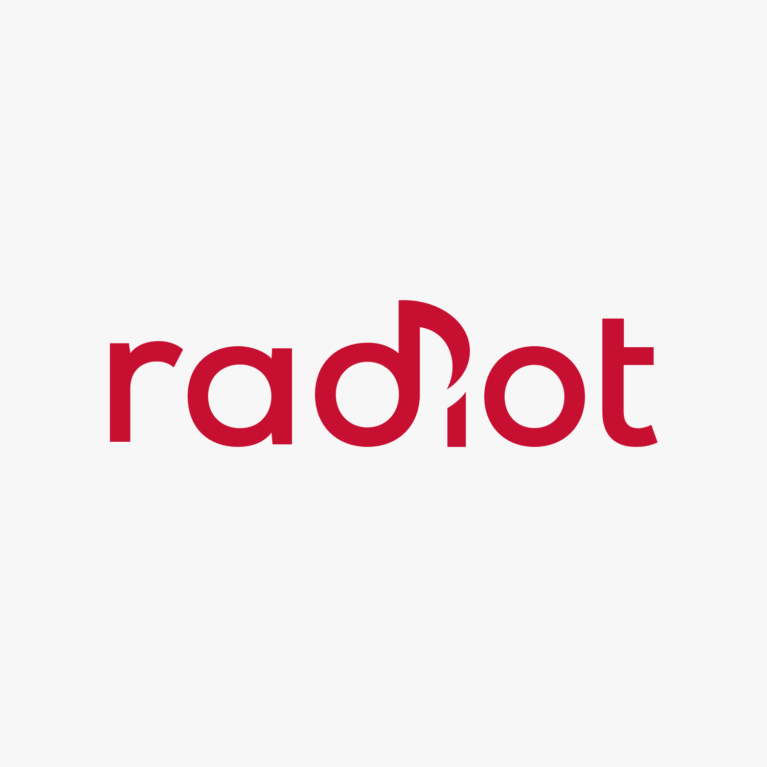 Radiot.fi:n uusi Android-sovellus ymmärtää suomenkielistä puhetta