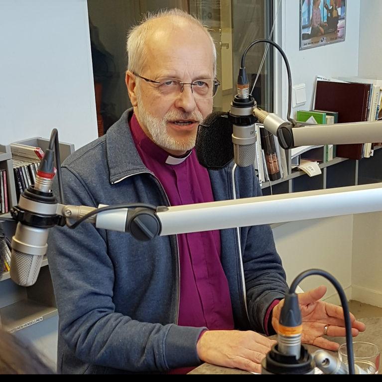 KUUNTELE: Simo Peura Piispan kyselytunnin suorassa lähetyksessä