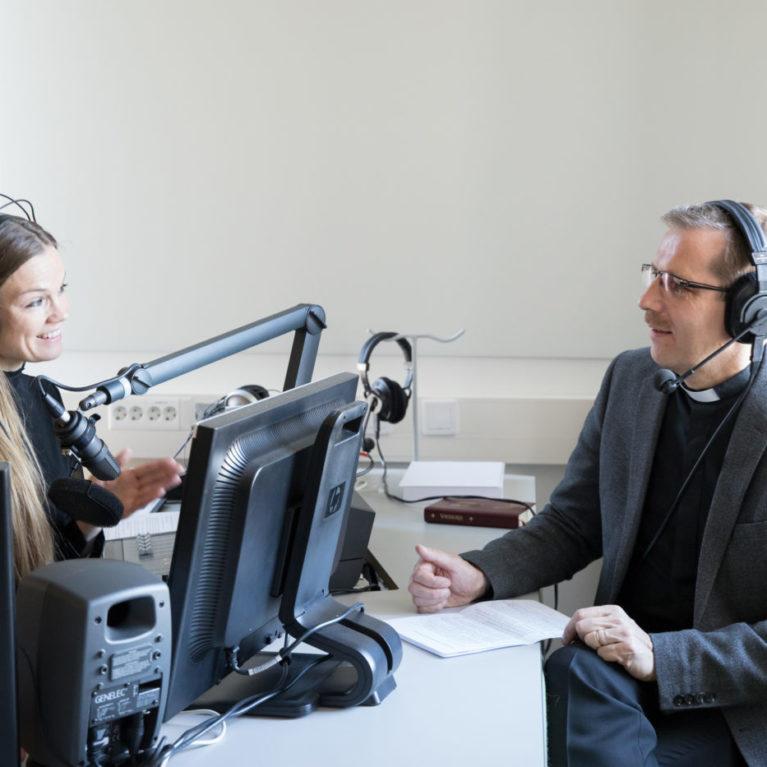 """Piispaehdokas Jukka Keskitalo: """"Pitäisi tehdä kirkon yhteiskuntasopimus"""""""