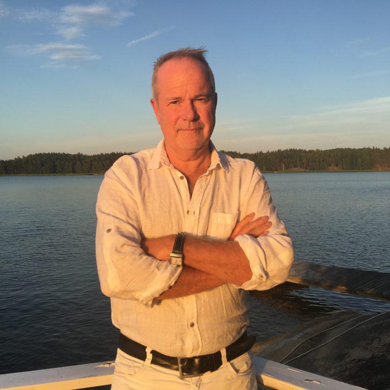 KATSO VIDEO: Gospelgentleman Petri Laaksosen tarina