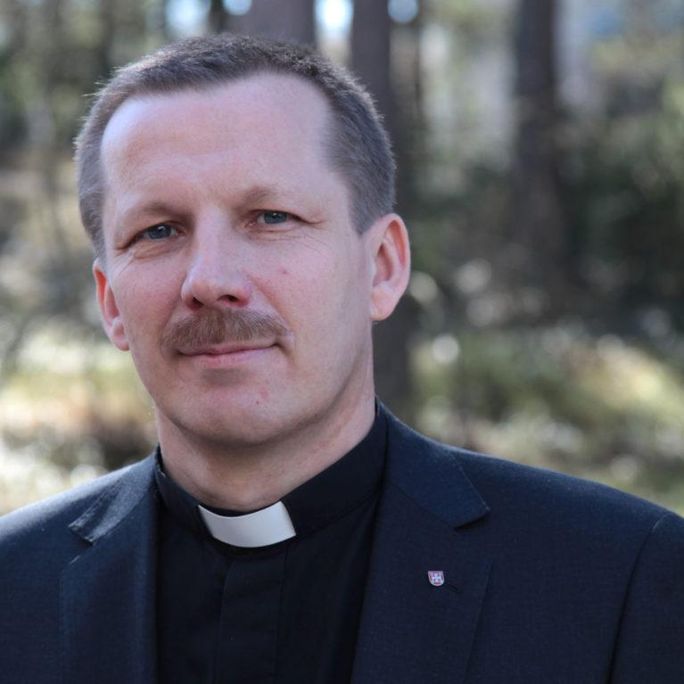 Jukka Keskitalo Oulun piispaksi suoraan ensimmäisellä kierroksella