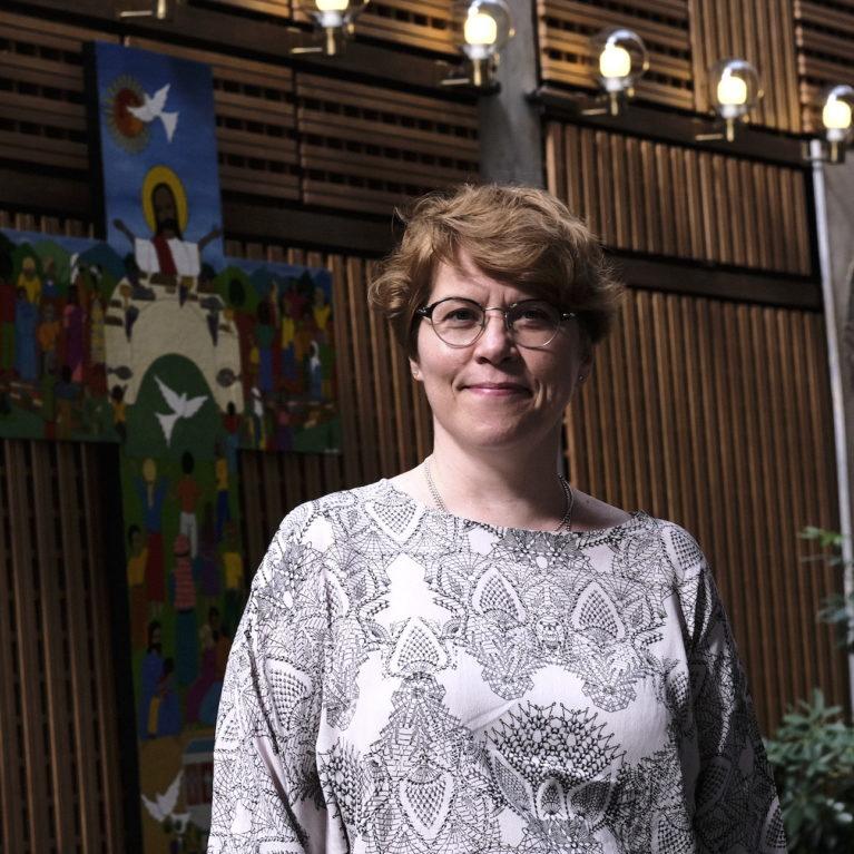 """Kaisamari Hintikka Radio Deissä: """"Kyseessä on koko kirkon kriisi"""""""