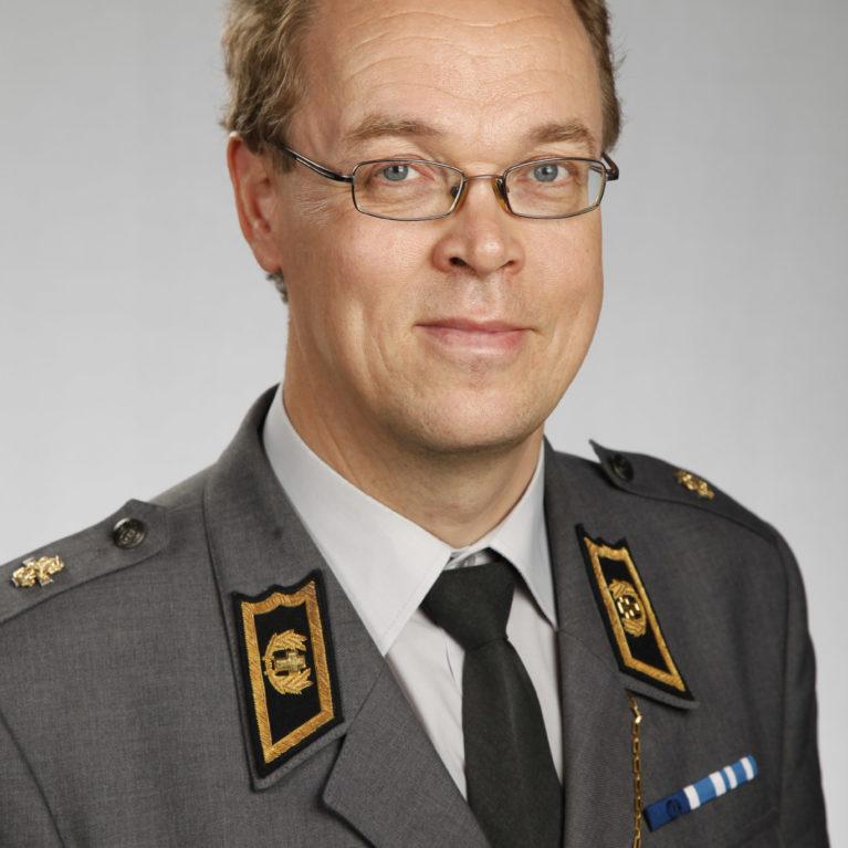 KUUNTELE: Kenttäpiispa Pekka Särkiö vastaa toimittajien kysymyksiin Piispan kyselytunnin suorassa lähetyksessä