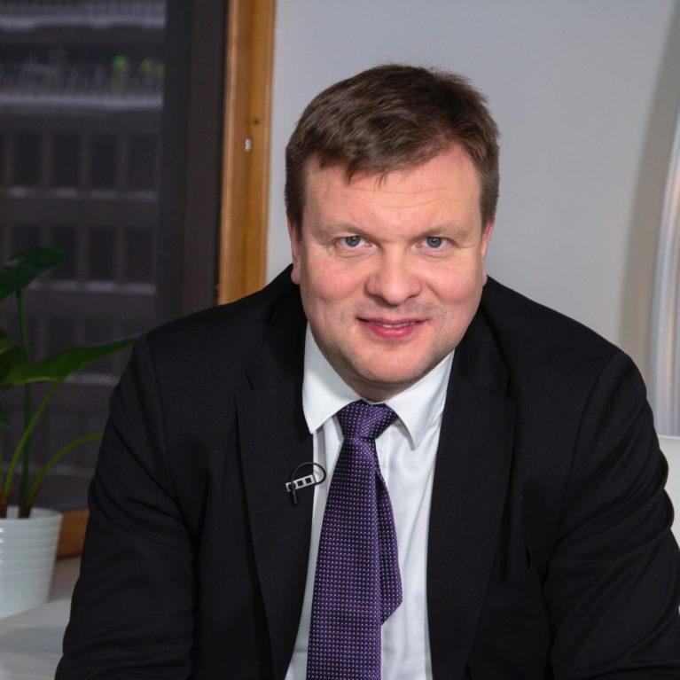 """KUUNTELE: Ville Skinnari haluaa Suomeen infravaalit: """"Olemme kuin sepelvaltimotautiin sairastuneet"""""""