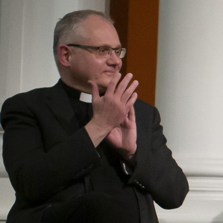 Bo-Göran Åstrand on Porvoon hiippakunnan uusi piispa – vaalissa tyhjien äänestyslippujen vyöry