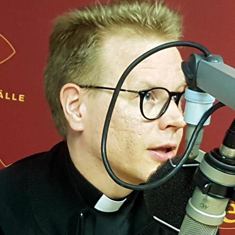 Opus Dein pappi Jipun vieraana keskiviikkona