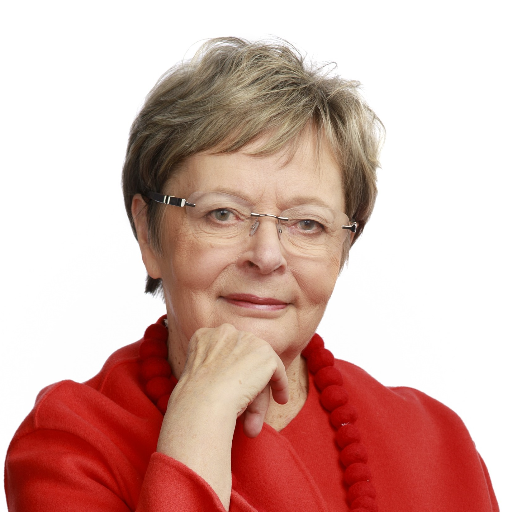Liisa Jaakonsaari arvioi Euroopan tulevaisuutta Isäntänä Tapani Ruokanen -sarjan syksyn avauksessa