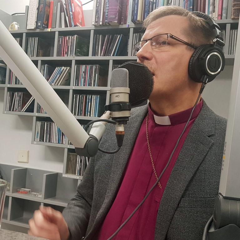 """KUUNTELE – Piispa Jukka Keskitalo: """"Oikeusasiamies ampuu yli – trendinä ideologisesti uskonnoton yhteiskunta"""""""