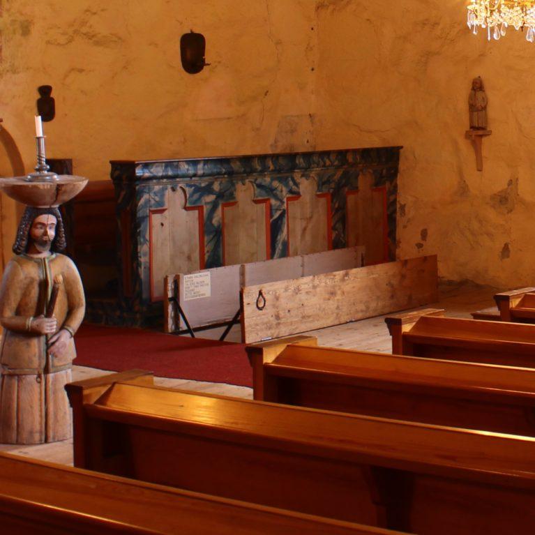 Miksi kirkkoherra Rungius ei lahoa? – kuuntele Kirkon ihmeellisimmät tarinat