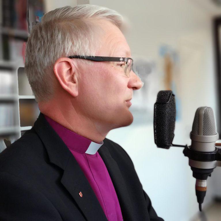 """KUUNTELE – Piispa Häkkinen: """"Saarnat yleisinhimillistä puhetta kaiken maailman hyvistä asioista"""""""