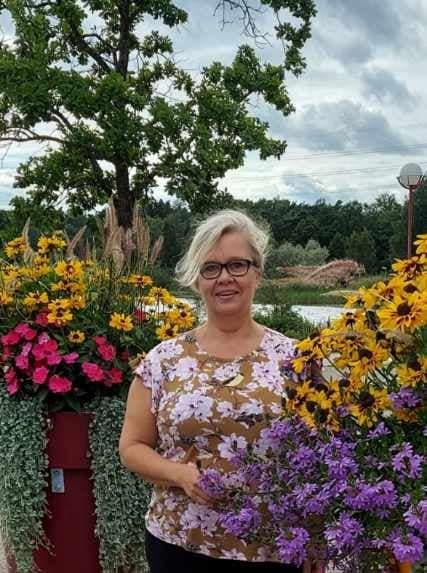 KUUNTELE: Merja Vahtera – kuoppaisesta avioliitosta muiden pariskuntien auttajaksi