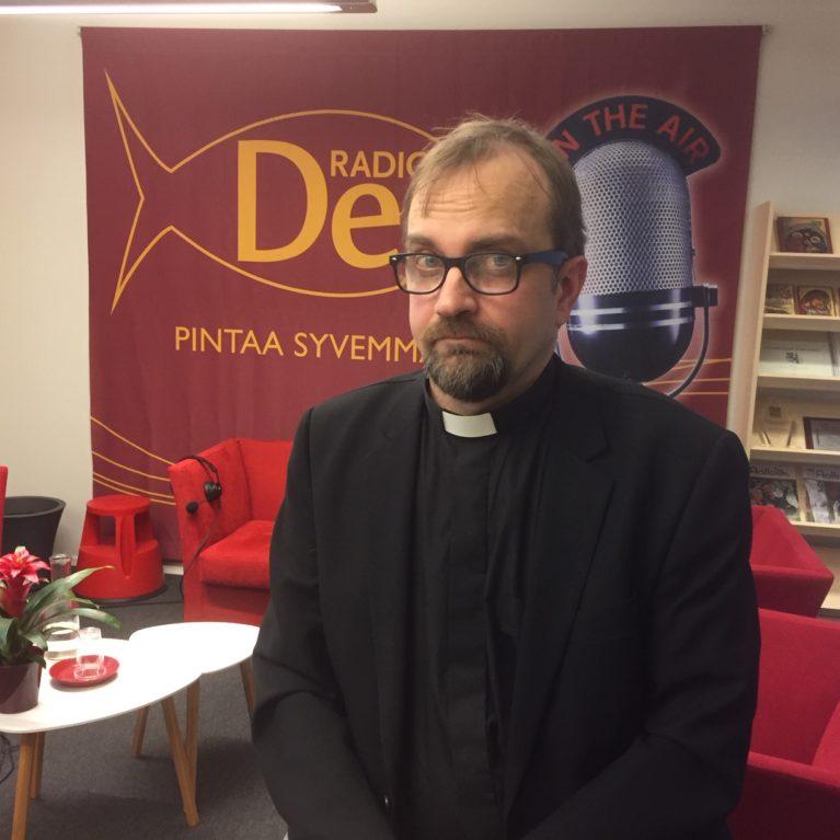 KUUNTELE Vuoden pappi, Markus Kartano on digiosaaja