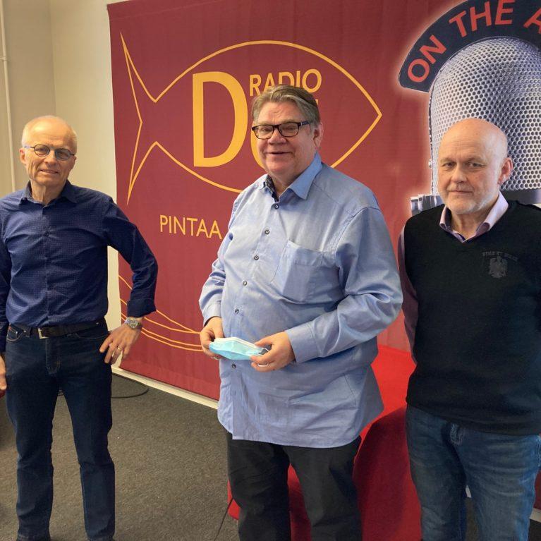 KUUNTELE: Kiirastorstain pääsiäis-keskustelu vie pelastuksen ytimeen